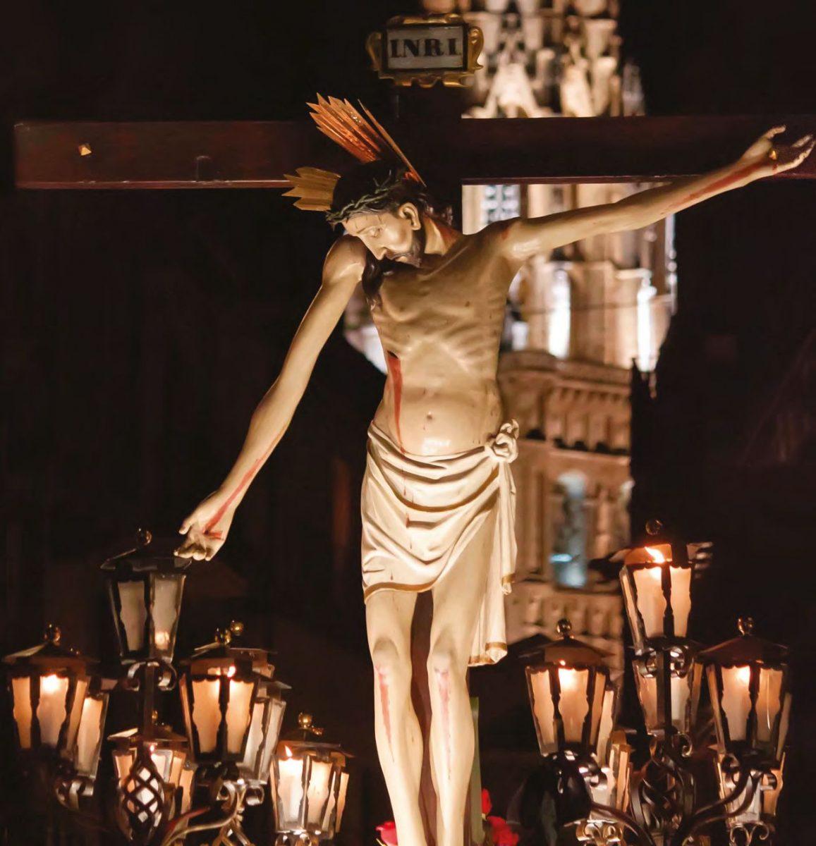 Lunes Santo. Vía Crucis – Traslado del SANTÍSIMO CRISTO DE LA VEGA