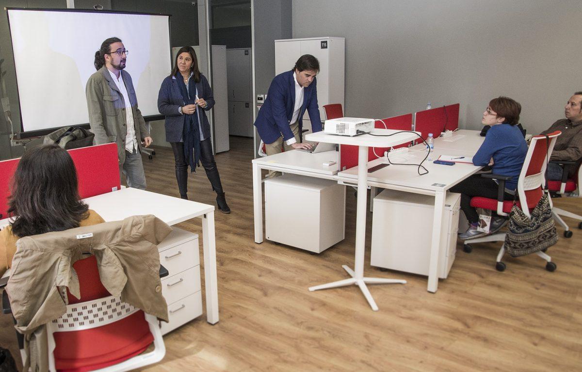http://www.toledo.es/wp-content/uploads/2017/03/jp27597-1200x767.jpg. Una veintena de jóvenes participa en el primer taller gratuito de 'Jovemprende' para la profesionalización del emprendimiento