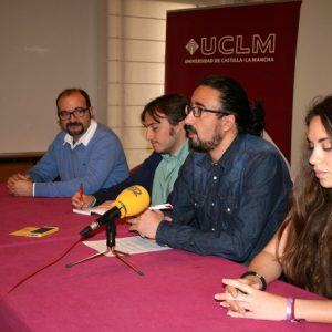 l 'Entre Lunas' lleva la radio en directo de 'Los 40' a la celebración del 'Día del Campus de Toledo' en la Fábrica de Armas
