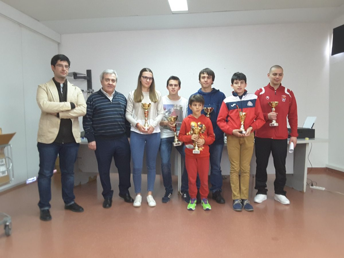 El Gobierno local apoya, un año más, el Campeonato Provincial de Ajedrez de Toledo que acoge el Centro Social del Polígono