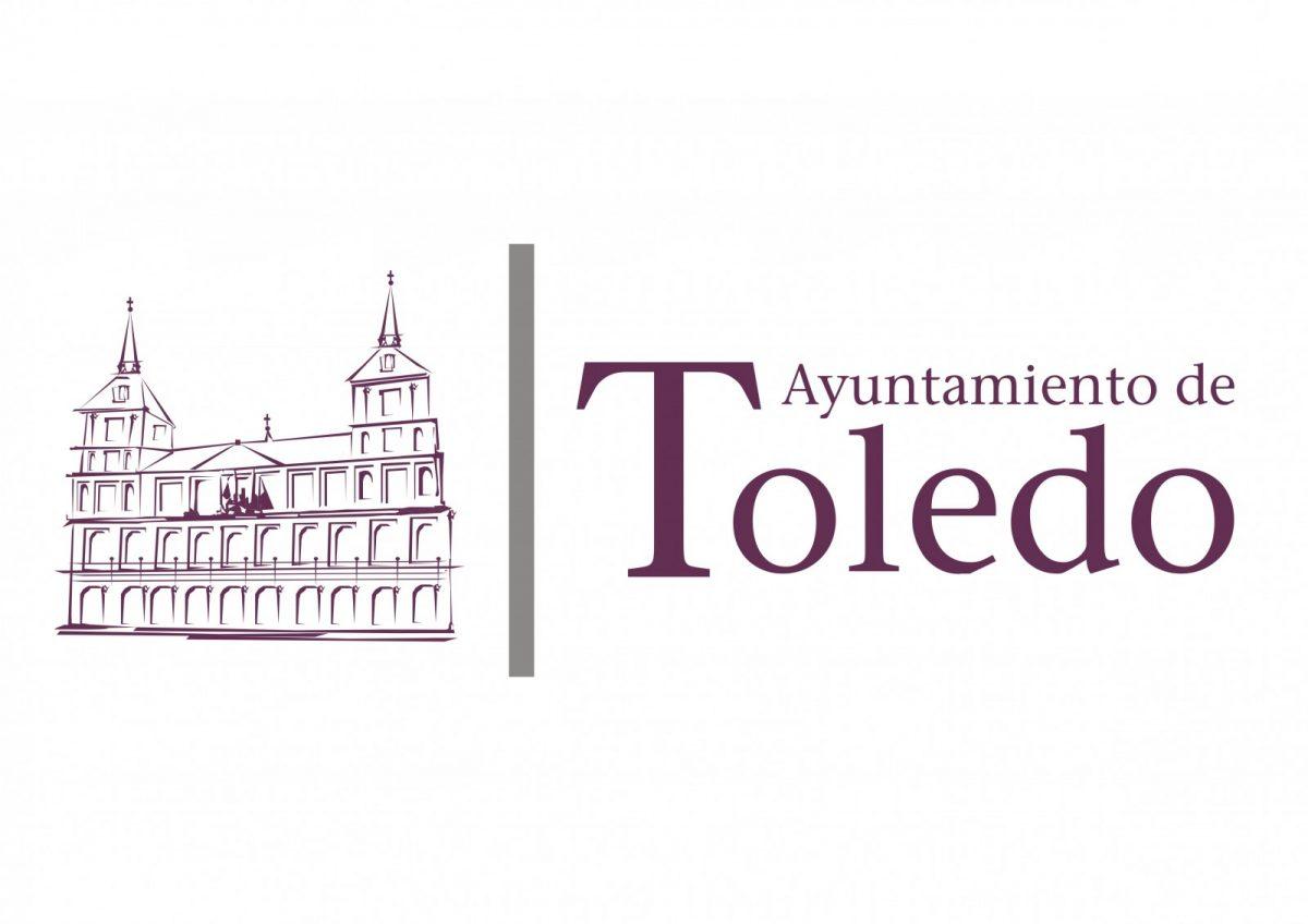 El Ayuntamiento ilumina de verde el baño de La Cava para apoyar al Club Deportivo Toledo en los playoffs de ascenso a Segunda
