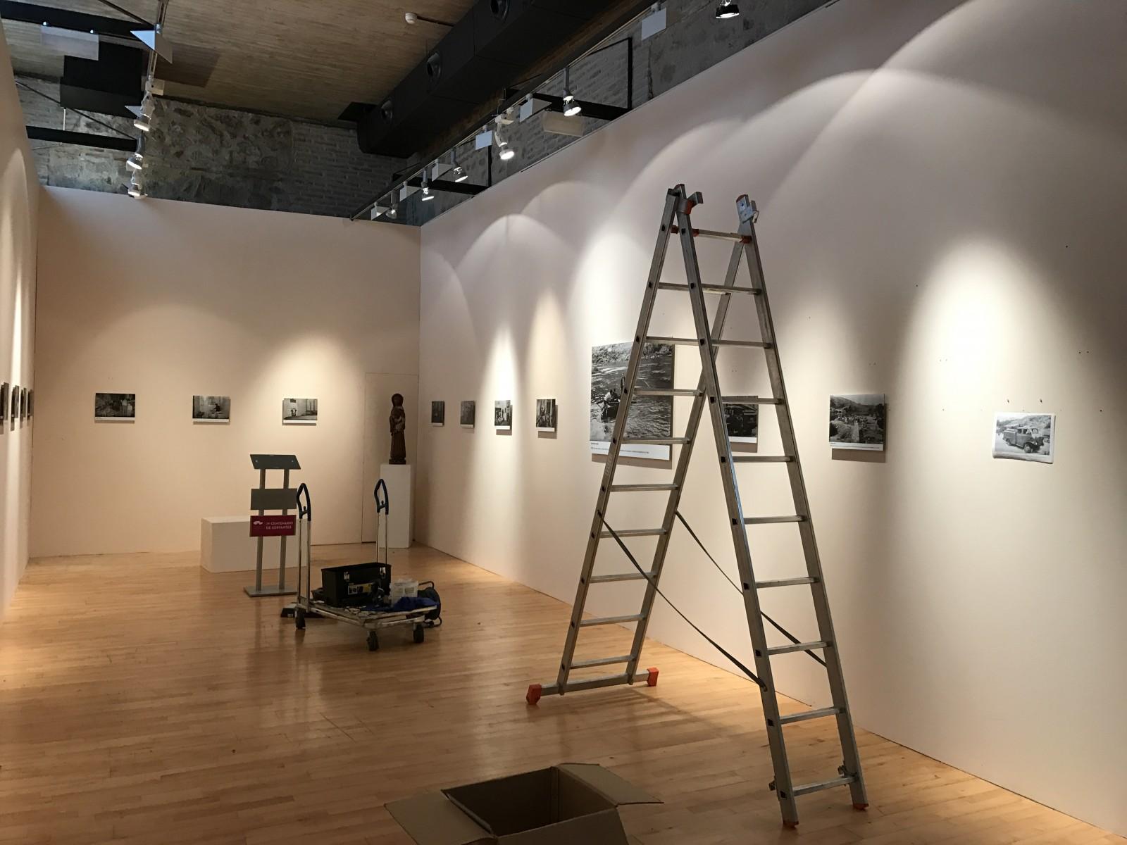 Montaje exposición 153 años Bomberos de Toledo30 años Pablo Carrasco (16)