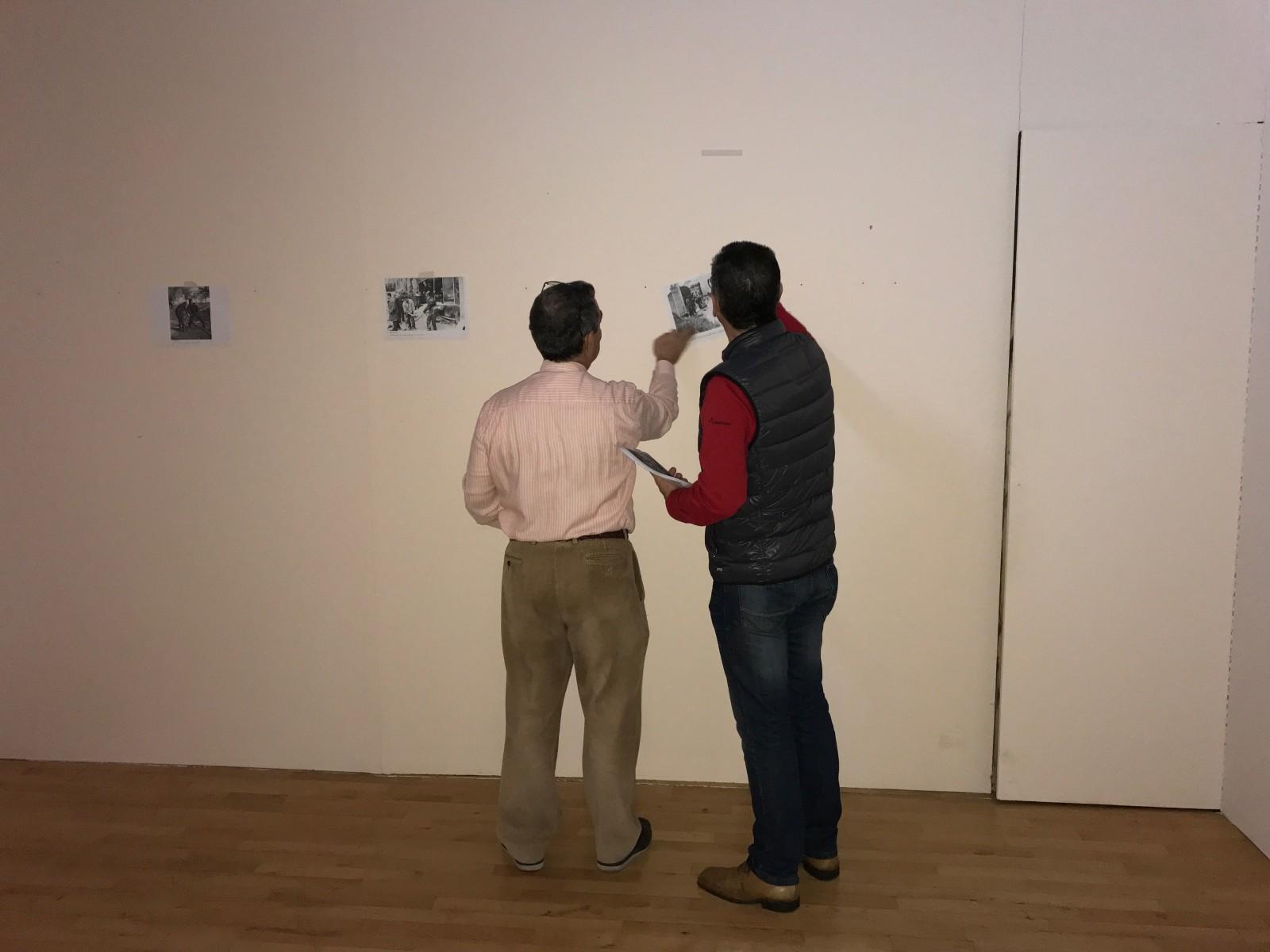 Montaje exposición 153 años Bomberos de Toledo30 años Pablo Carrasco (6)