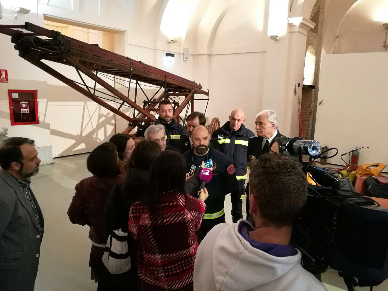 Presentación de la Exposición 150 años Bomberos de Toledo30 años Pablo Carrasco (9)