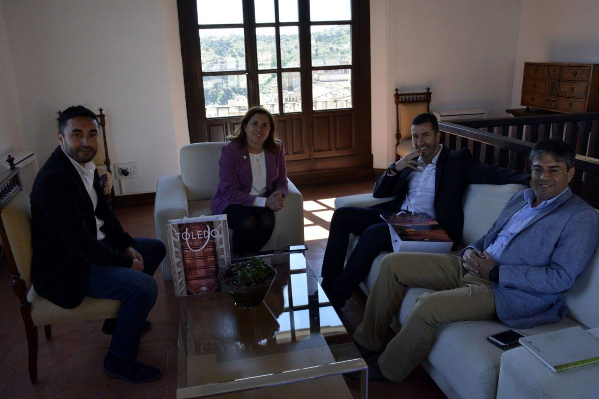 Representantes de una universidad chilena visitan el Ayuntamiento interesados por la gestión del Año Gastronómico