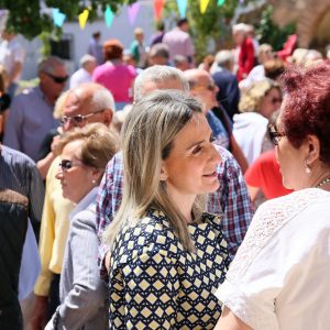 La alcaldesa acompaña un año más a la Hermandad de la Virgen de la Bastida en su tradicional romería