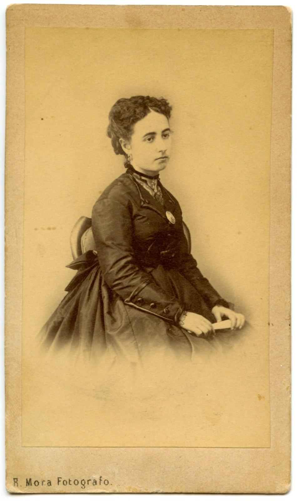 61 dos mujeres dos fot grafos toledo 1870 - Fotografo toledo ...