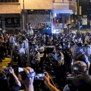 ong Kong: Nueve personas detenidas en la campaña contra los activistas en favor de la democracia