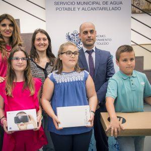 """Ayuntamiento y Tagus entregan los premios del primer Certamen Escolar de Dibujo y Pintura """"¿Qué es para ti el agua?"""""""