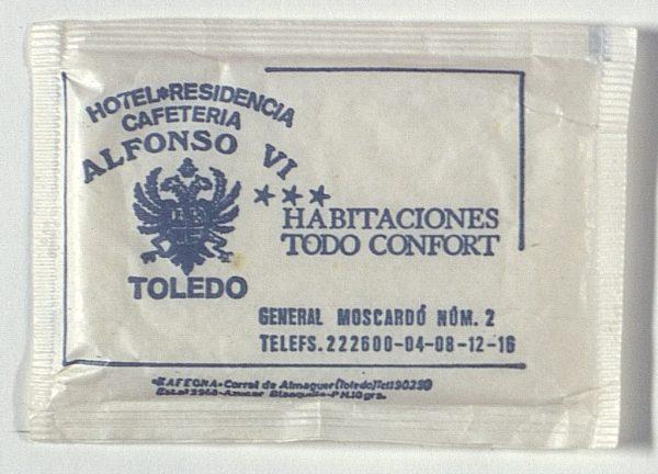 TOLEDO - Hotel Residencia Cafetería Alfonzo VI. Calle General Moscardó, 2