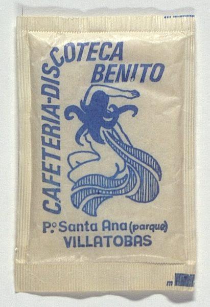 VILLATOBAS - Cafetería-Discoteca Benito. Pza. Santa Ana (parque)