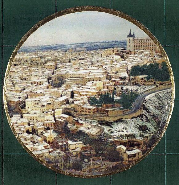 17 - Caja de mazapán de Toledo