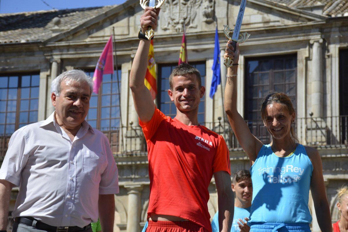 http://www.toledo.es/wp-content/uploads/2017/06/dsc3336-1200x800.jpg. Sonia Ruiz y David de la Cruz, ganadores absolutos en la XVIII Carrera Corpus Christi en la que ha colaborado el Ayuntamiento