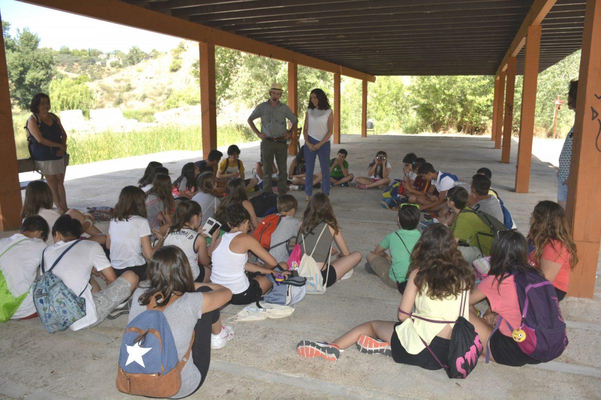 https://www.toledo.es/wp-content/uploads/2017/06/dsc3897-1200x800.jpg. El Ayuntamiento clausura el ciclo 'Conoce nuestro río Tajo' en el que han participado unos 1.200 escolares en este curso académico