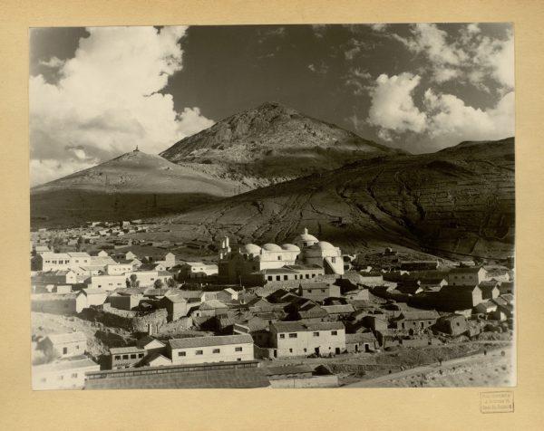 04 - Vista de la Iglesia de San Benito. Al fondo el cerro de Potosí