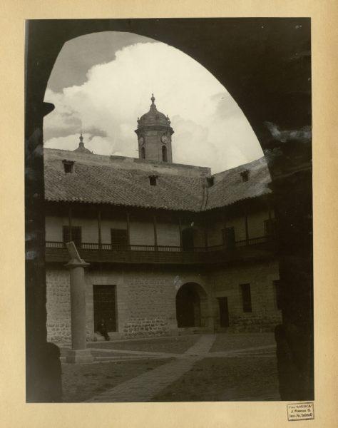 19 - Patio de la Real Casa de la Moneda