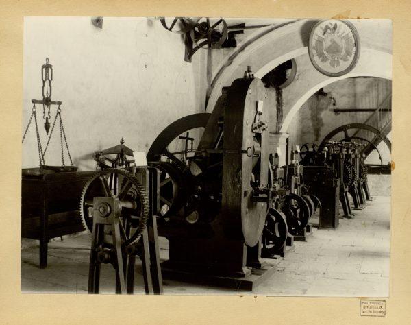 29 - Máquinas de acuñación de la Real Casa de la Moneda