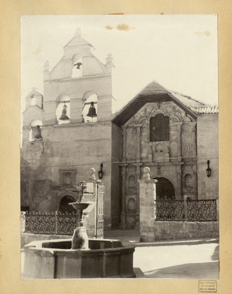 52 - Fachada del convento de la Merced