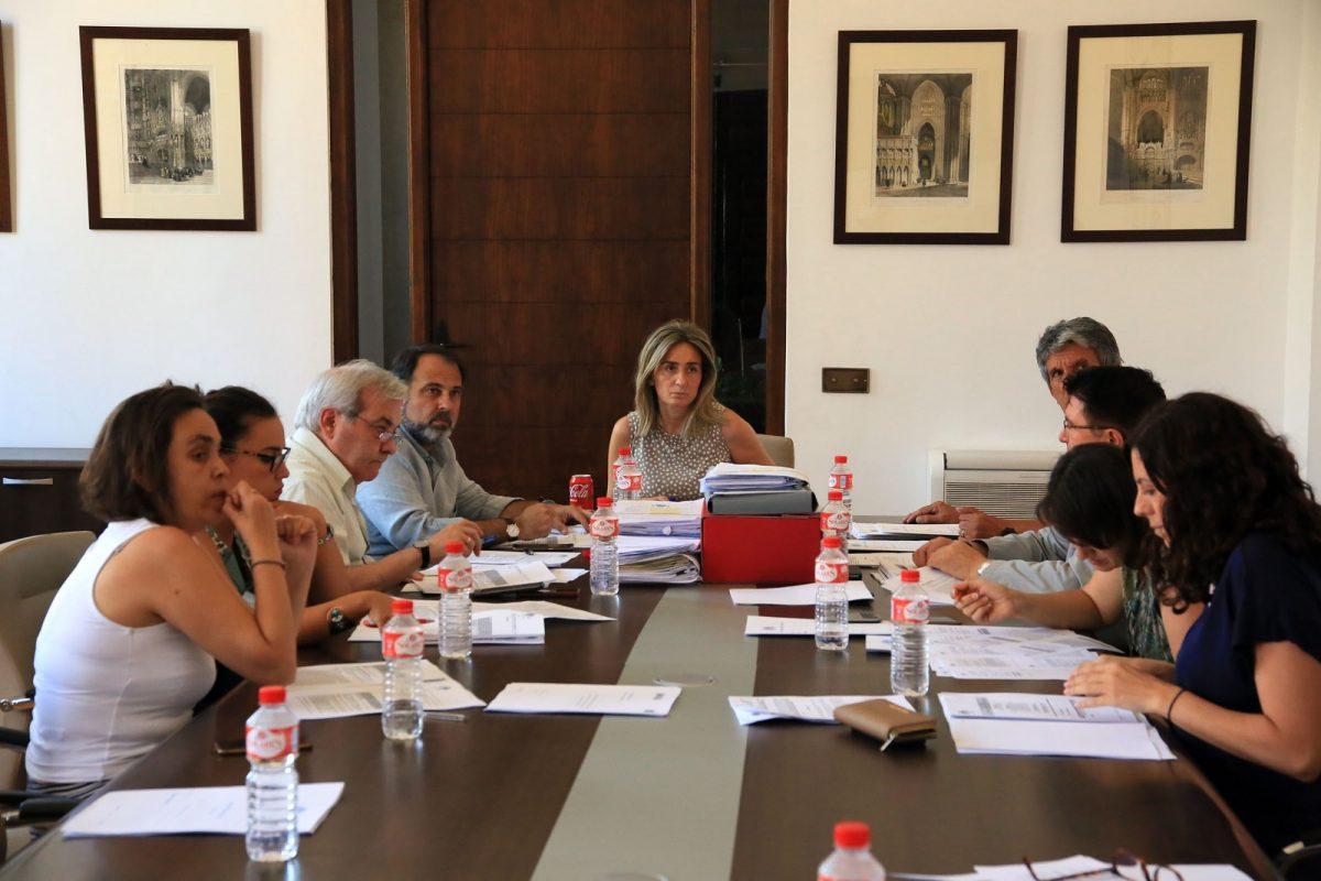 El Ayuntamiento colabora con la exposición sobre Cisneros que prepara la Catedral con la cesión de tres documentos y un libro