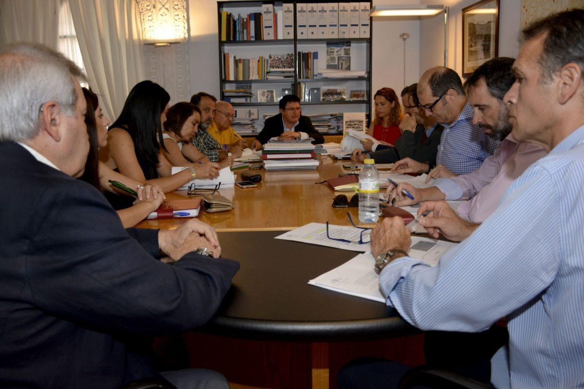 La Comisión de Urbanismo aprueba por unanimidad la Ordenanza Reguladora de Publicidad y Rotulación en el Casco Histórico