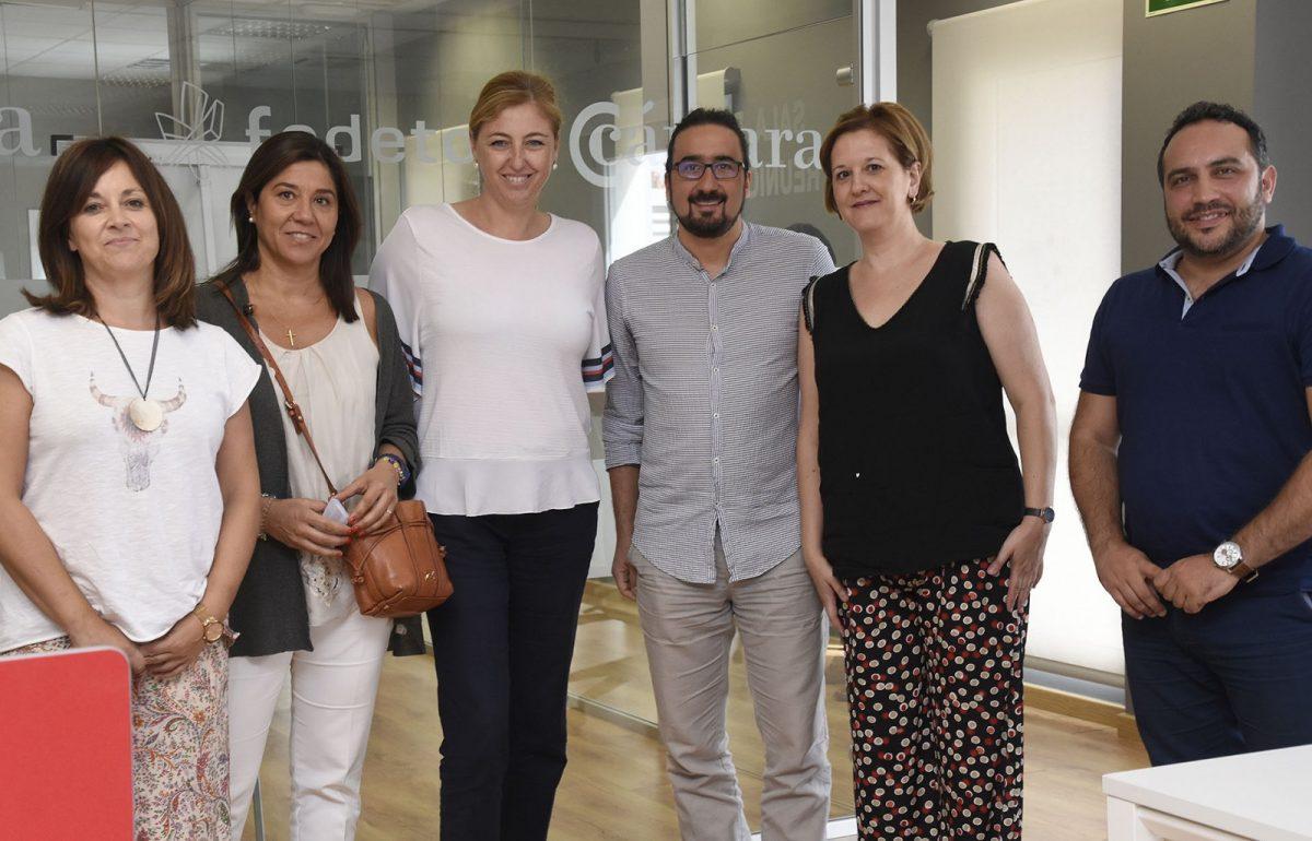 https://www.toledo.es/wp-content/uploads/2017/07/jp29905-1200x770.jpg. El Ayuntamiento mantiene un encuentro con el área de Transferencia e Innovación de la UCLM para promover colaboración