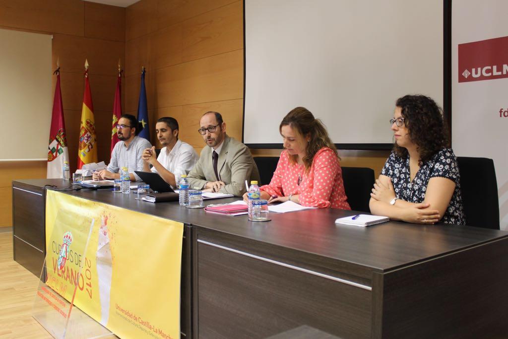 El Ayuntamiento participa en un coloquio sobre Gobiernos y Políticas Públicas Locales que ofrece la UCLM en Ciudad Real