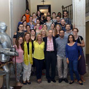 """Recepción de los participantes en """"Make it accesible"""", que promueve la integración de las personas sordas a través del arte"""