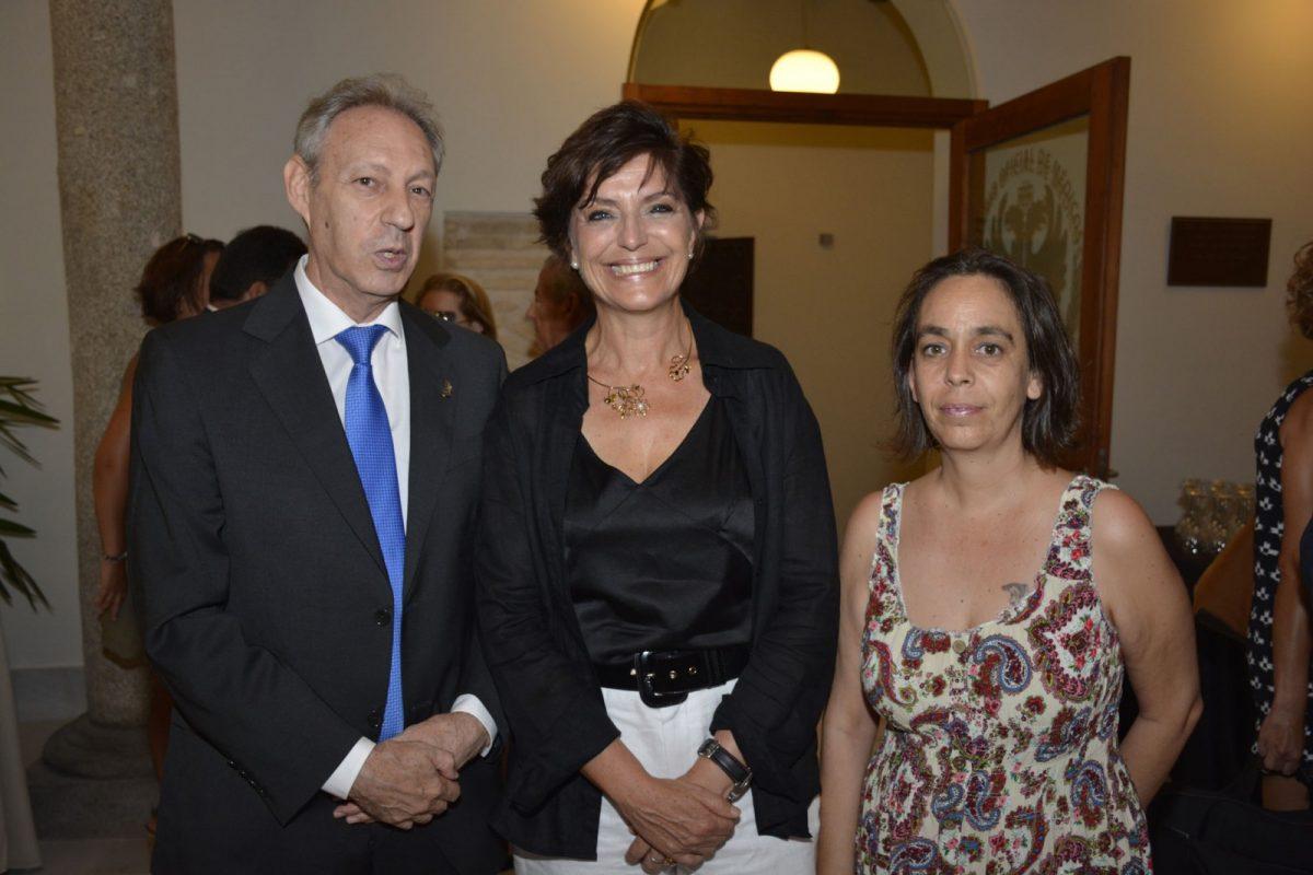 El equipo de Gobierno, en la toma de posesión de Natividad Laín como presidenta del Colegio de Médicos de Toledo