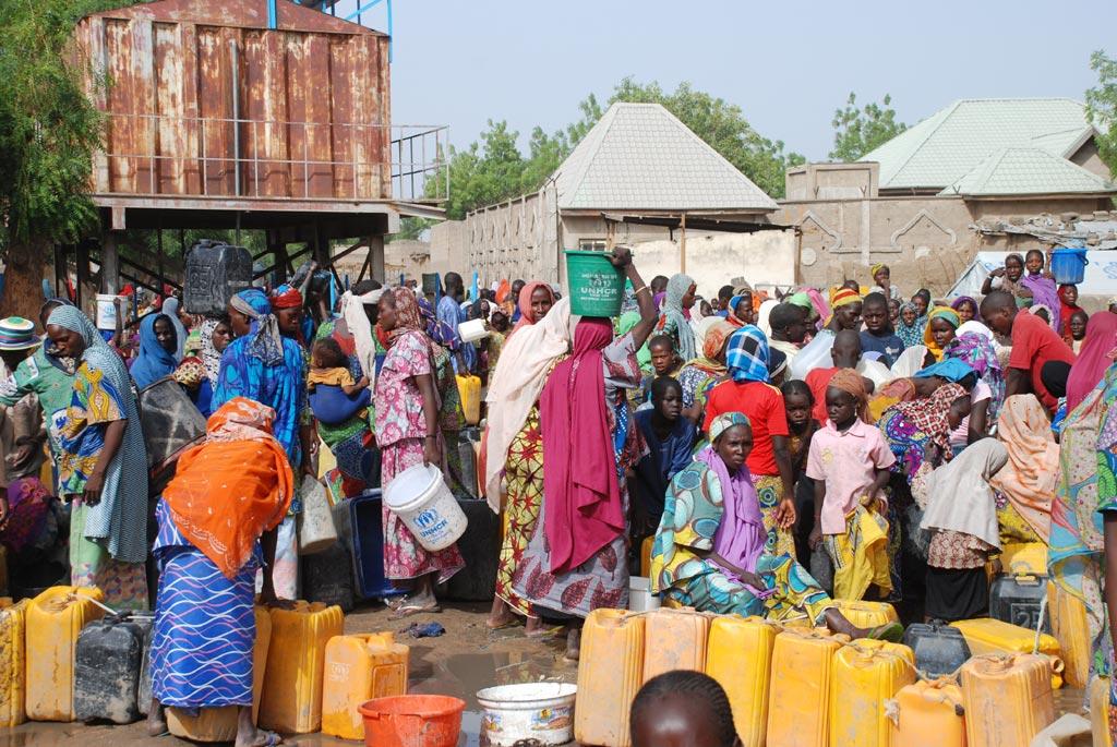 Camerún expulsa a más de 800 refugiados nigerianos