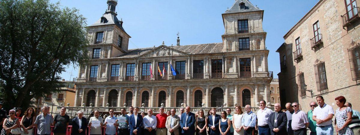 Toledo expresa su solidaridad con Barcelona y…