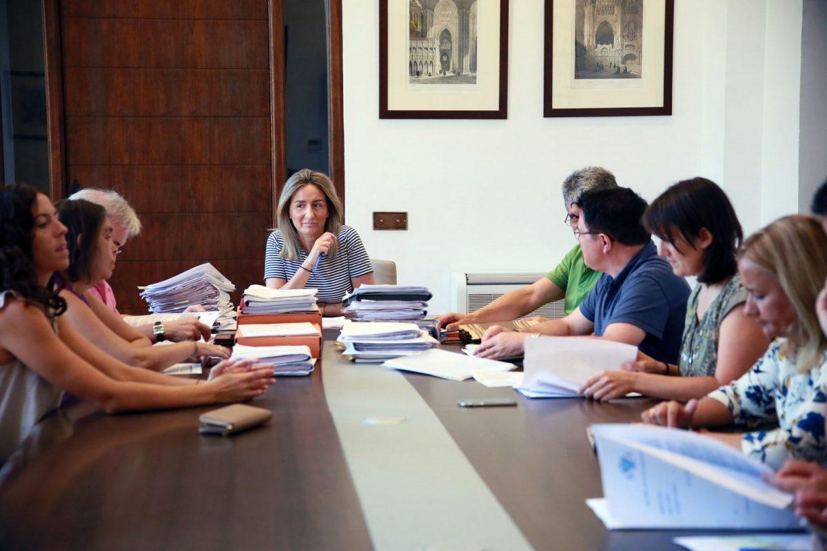 """http://www.toledo.es/wp-content/uploads/2017/08/20170816_junta_gobierno-1200x800.jpg. Concedidas licencias de obras al SESCAM para mejoras en los servicios de Urgencias  y Pediatría del """"Virgen de la Salud"""""""