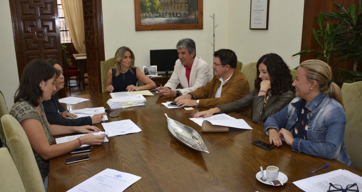 https://www.toledo.es/wp-content/uploads/2017/09/20170929_junta_gobierno_local-1200x638.jpg. Iniciados los expedientes de contratación del Plan de Inversiones por importe de 3,6 millones de euros