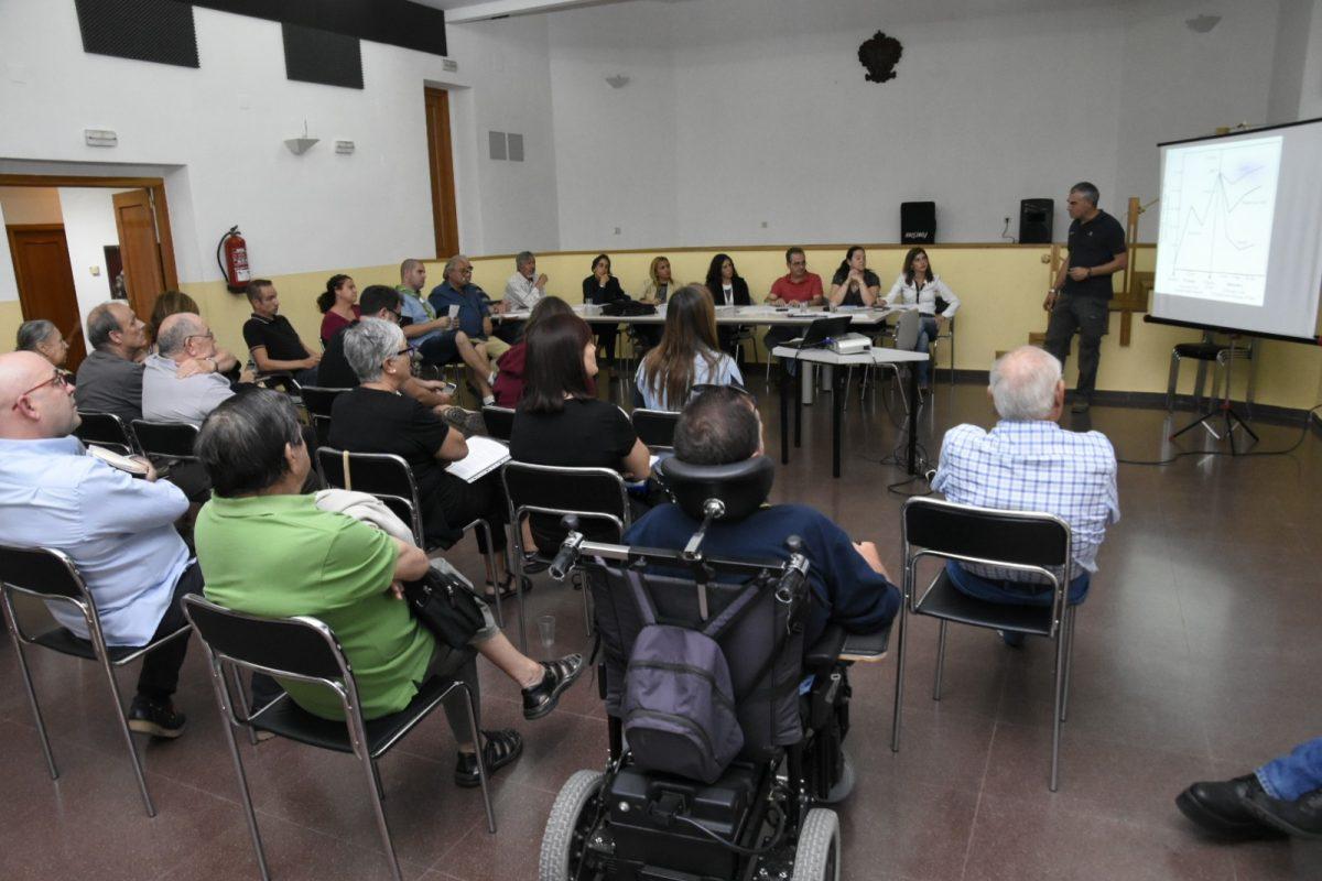 https://www.toledo.es/wp-content/uploads/2017/09/consejo_centro-1200x800.jpg. El Plan de Inversiones 2017 se da a conocer en los Consejos de Participación de los distritos Centro y Norte