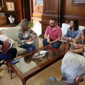 El equipo de Gobierno repasa con Comisiones Obreras los retos de la ciudad en promoción económica y empleo