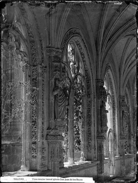 0014 - Vista interior lateral iglesia San Juan de los Reyes