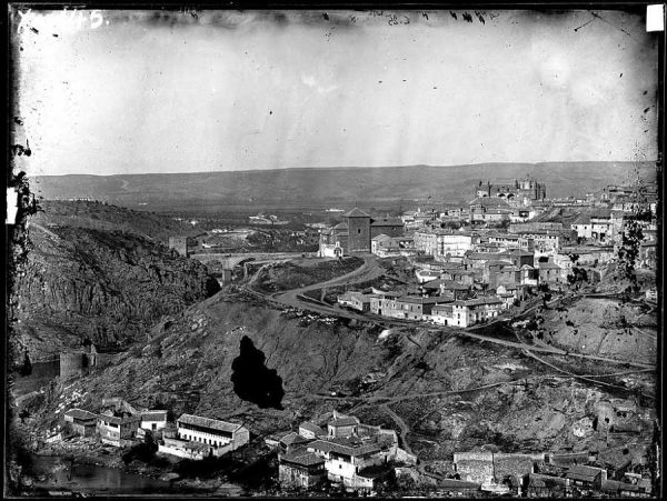 0025 - Vista general panorámica desde la Virgen del Val [sic, Valle]_2