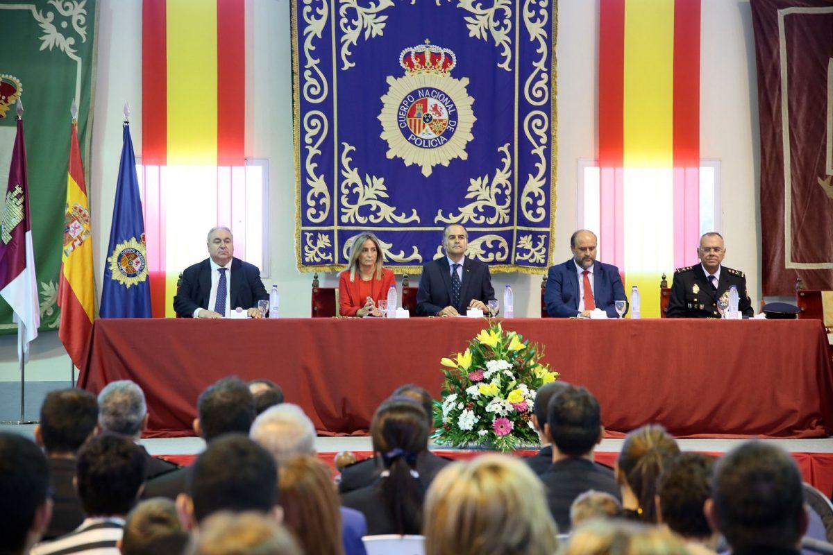 Toledo celebra el Día de la Policía Nacional con un acto institucional que reconoce la labor de los agentes más destacados