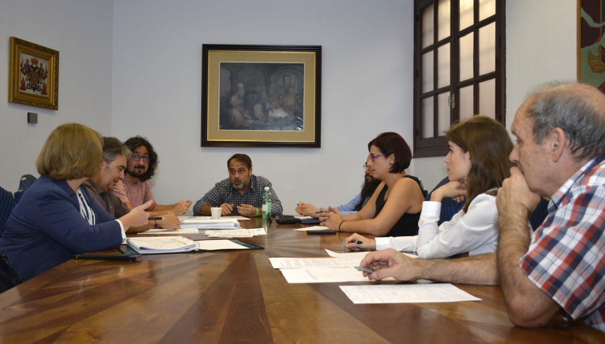 https://www.toledo.es/wp-content/uploads/2017/10/consejo_cooperacion-01-1200x683.jpg. El Consejo Local de Cooperación aprueba las subvenciones para 18 proyectos de cooperación, sensibilización y ayuda humanitaria