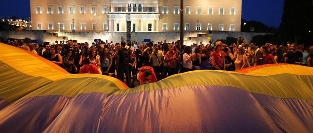 http://www.toledo.es/wp-content/uploads/2017/10/csm_greece_f638dd1486.jpg. Grecia: La votación sobre el reconocimiento legal de la identidad de género, histórico paso adelante para los derechos de las personas transgénero