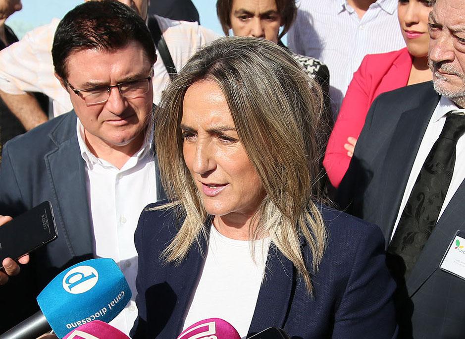La alcaldesa expresa su disposición a atender a las necesidades de agua de los municipios de la Mancomunidad del Torcón
