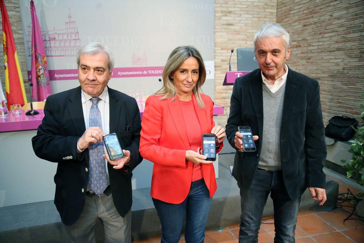 http://www.toledo.es/wp-content/uploads/2017/10/milagros-tolon_app-bus-2-1200x800.jpeg. La alcaldesa presenta la App 'Bus Toledo' que sitúa a la ciudad a la vanguardia del transporte y anuncia dos líneas nuevas para 2018