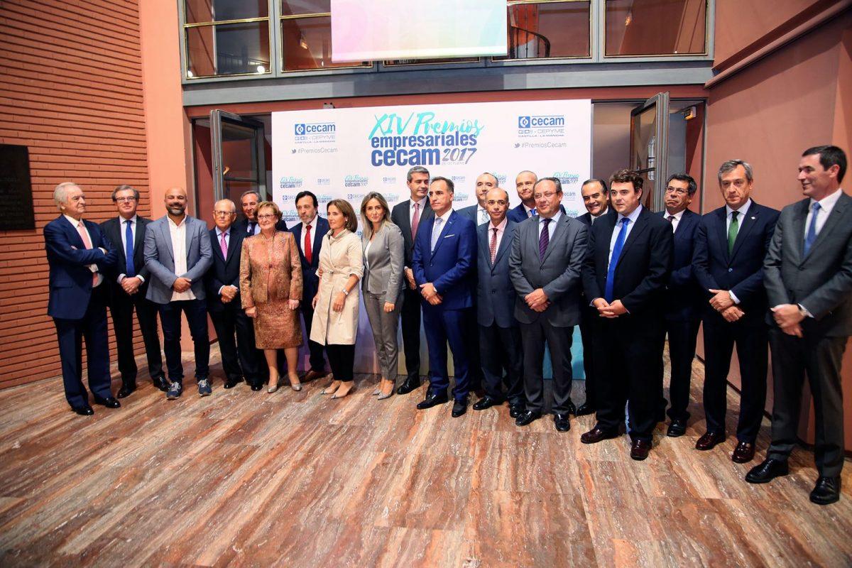http://www.toledo.es/wp-content/uploads/2017/10/premios_cecam-1-1200x800.jpeg. Milagros Tolón aboga por la colaboración leal entre sindicatos, empresarios y Administración para atraer a nuevas empresas
