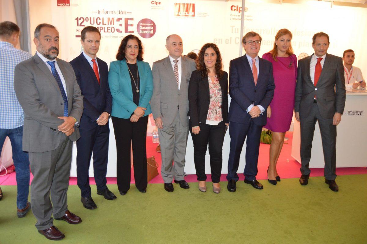 El Ayuntamiento apoya a la Universidad regional en materia de empleo juvenil en el foro profesional que se celebra en Toledo