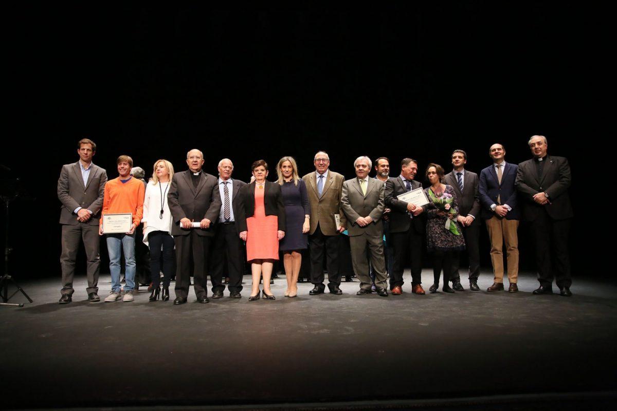 Los XVI Premios Recaredo Rey reconocen la labor realizada por diferentes entidades y toledanos en una gala en el Teatro de Rojas