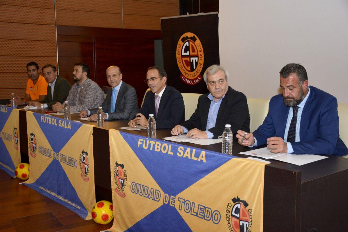 Respaldo del Ayuntamiento al Club Deportivo 'Ciudad de Toledo' en la presentación de la nueva temporada