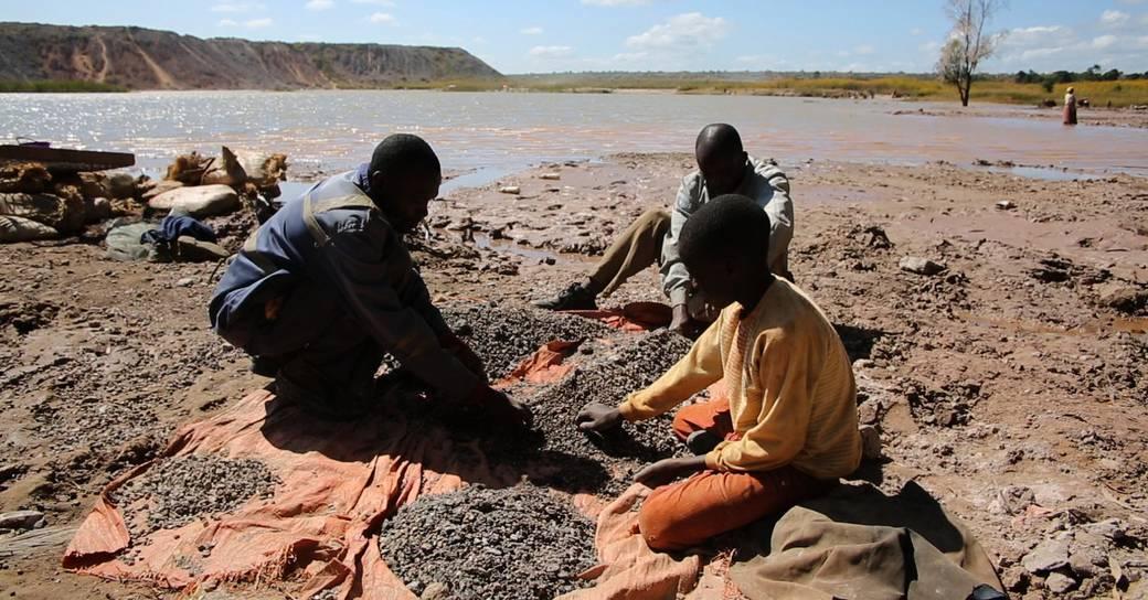 Los gigantes del sector no hacen frente a las denuncias de trabajo infantil en las cadenas de suministro de cobalto