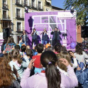 os II Juegos Cooperativos por la Igualdad congregan en la plaza de Zocodover a más de 300 personas