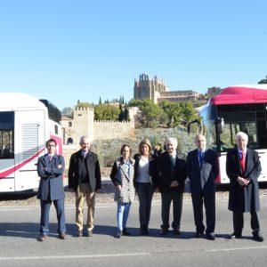 El lunes comienza la instalación de los paneles informativos a tiempo real de los autobuses urbanos y se incorporarán 5 vehículos