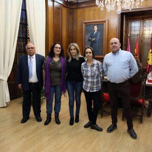 Milagros Tolón recibe a la nueva presidenta de 'El Ciudadano', Eva Perea, con el objetivo común de la mejora de la ciudad de Toledo
