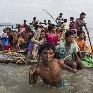 rece el número de rohingyas que llegan a Bangladesh en balsas de fabricación casera